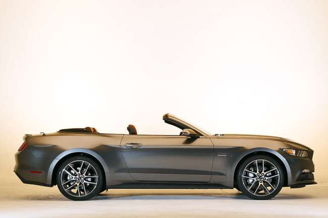 Ford Mustang Cabrio 2014